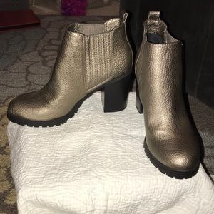 Never worn! Metallic booties, Sam & Libby - size 9